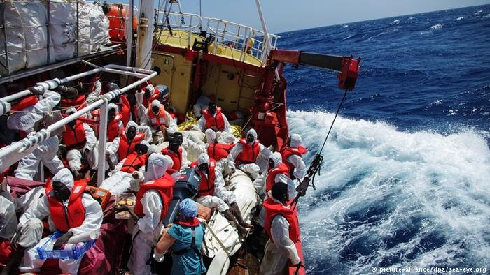 Rescued migrants on board a Sea-Eye boat (picture-alliance/dep/sea-eye.org)