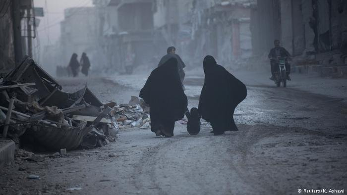 Syrien Zerstörung (Reuters/K. Ashawi)