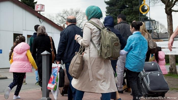 picture-alliance/dpa/S. Pförtner |تقرير داخلي للحكومة الألمانية يرى أن إعادة لاجئين إلى سوريا أمر في منتهى الخطورة