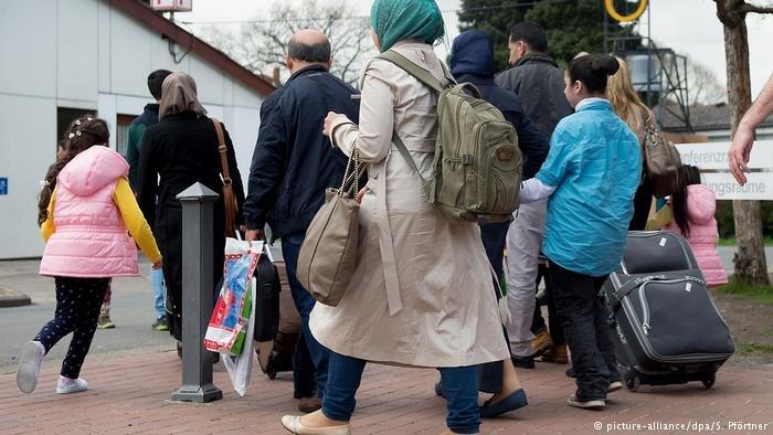 للسنة الرابعة على التوالي ينخفض عدد المستفيدين من الإعانات التي تقدمها الحكومة الألمانية لطالبي اللجوء