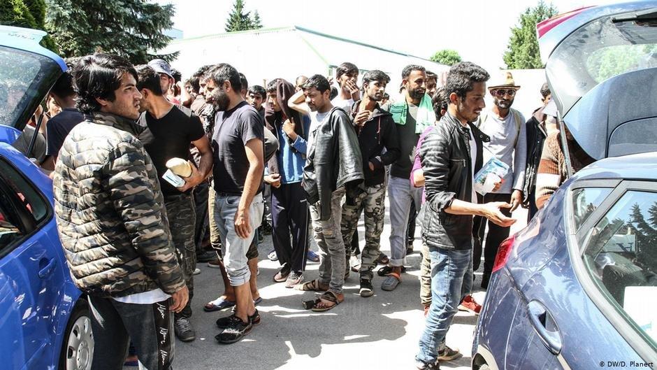 Displaced people in Bihac | Photo: DW/D.Planert