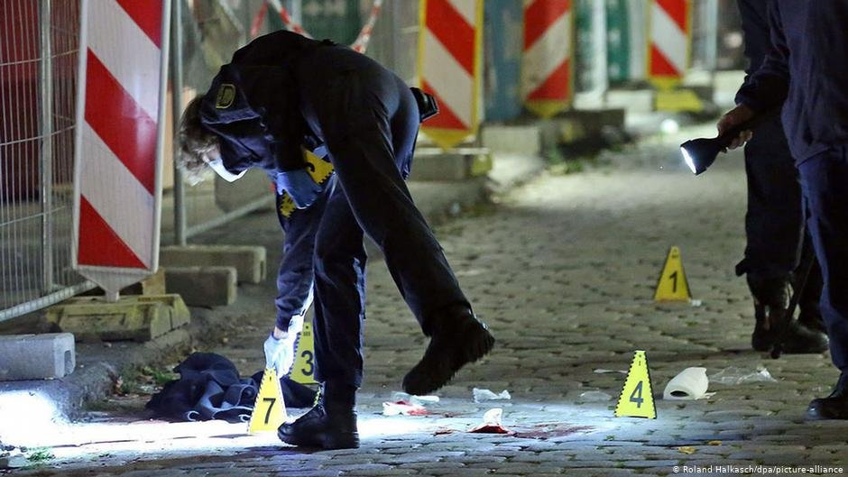 صحنه جنایت در دریسدن / عکس: Roland Halkasch/dpa/picture-alliance