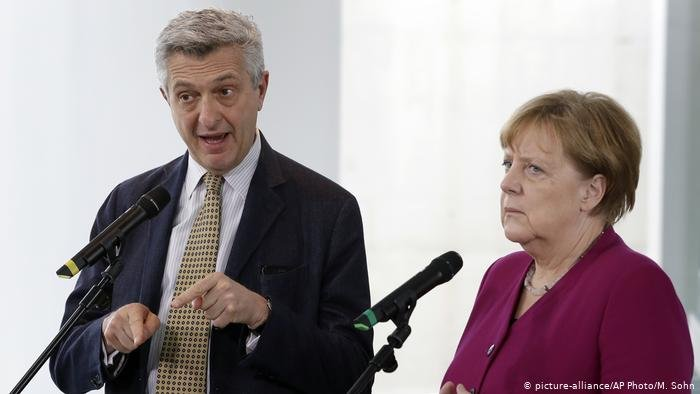 المستشارة الألمانية أنغيلا ميركل استقبلت مفوض الأمم المتحدة لشؤون اللاجئين فيليبو غراندي في برلين. (صورة من الأرشيف)