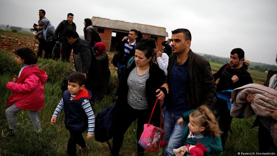 Syrians who crossed the Evros river in May 2018 | Photo: Reuters/A.Konstantinidis