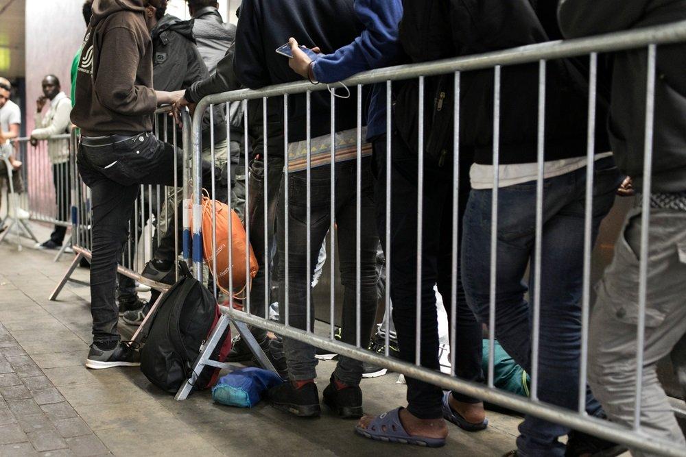 Des migrants à la gare du Nord de Bruxelles, en août 2018. Crédit : médecins sans frontières