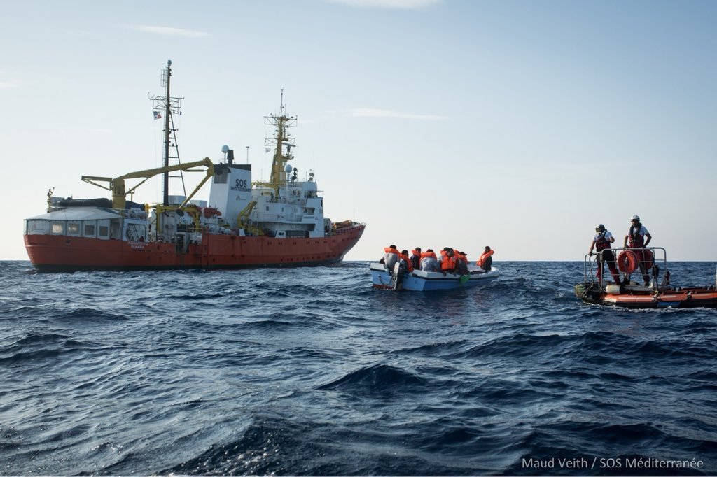The Aquarius ship is making a rescue Credit: SOS Mediteranee