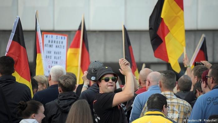 مظاهرة ضد اللاجئين في مدينة كيمنتس في ألمانيا