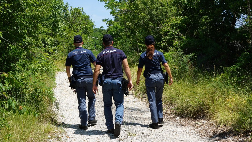 Trieste border police officers patrol the Fernetti area along the Italian-Slovenian border | PHOTO: ANSA