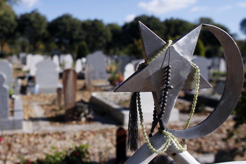 © أ ف ب (أرشيف). |المربع الإسلامي في مقبرة Thiais ضواحي باريس. فرنسا 28 أكتوبر/تشرين الأول 2012.