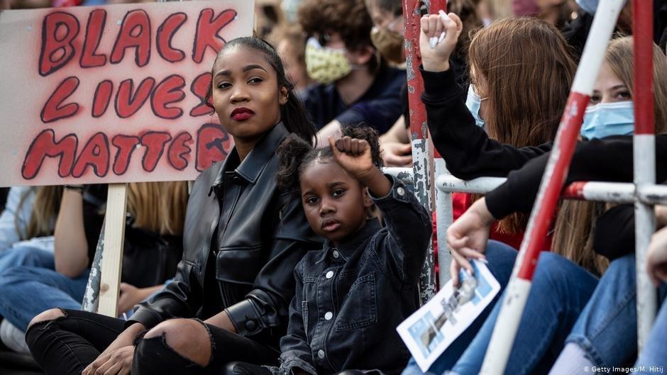 احتجاجات لدعم حركة السود في جميع أنحاء ألمانيا