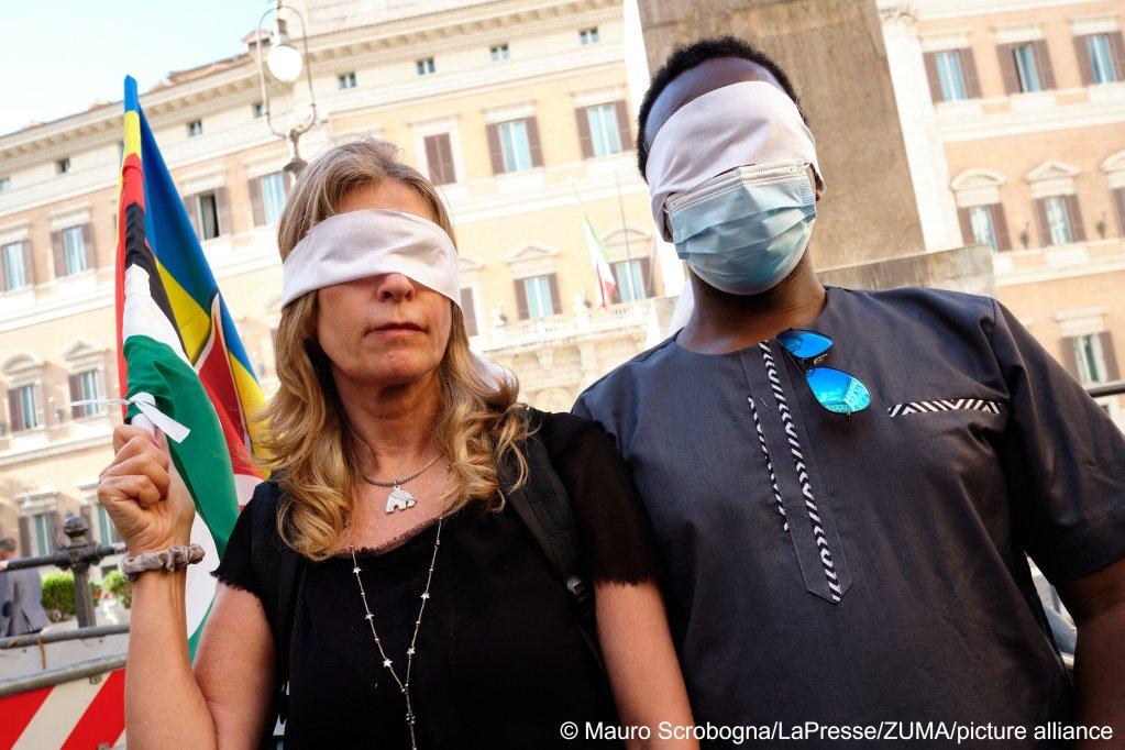 Protestors against Italy's cooperation with Libya in Rome | Photo:Mauro Scrobogna/LaPresse/ZUMA Press/picture-alliance