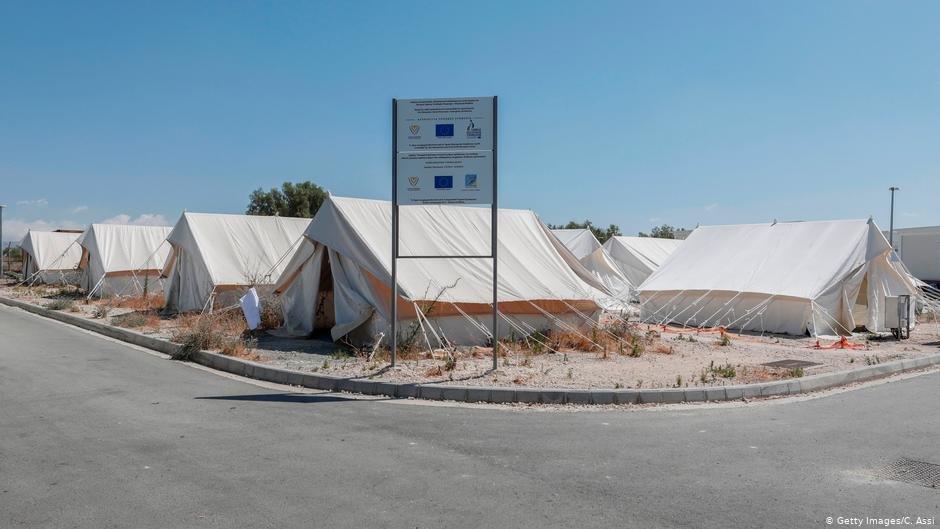 په قبرس کي د مهاجرو کمپ | Photo: Getty Images/C.Assi