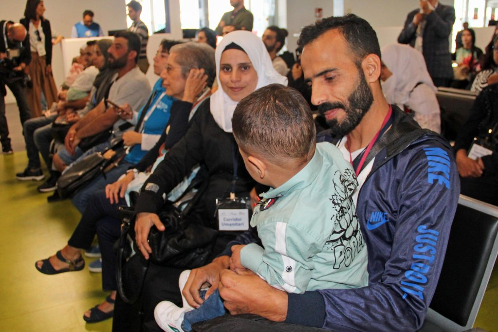 A group of 64 Syrian refugees arrived at Rome's Fiumicino airport last September thanks to a humanitarian corridor from Lebanon | Photo: ANSA/ Telenews