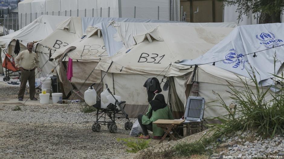 لاجئون في انتظار إعادة توطينهم.