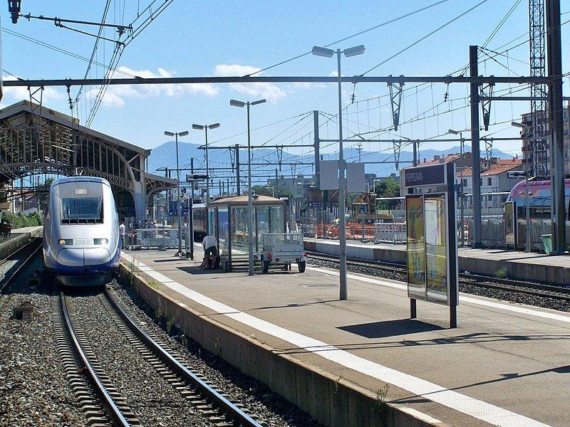 ایستگاه راه آهن پرپینیان در جنوب فرانسه. عکس از ویکی مدیا کامنس