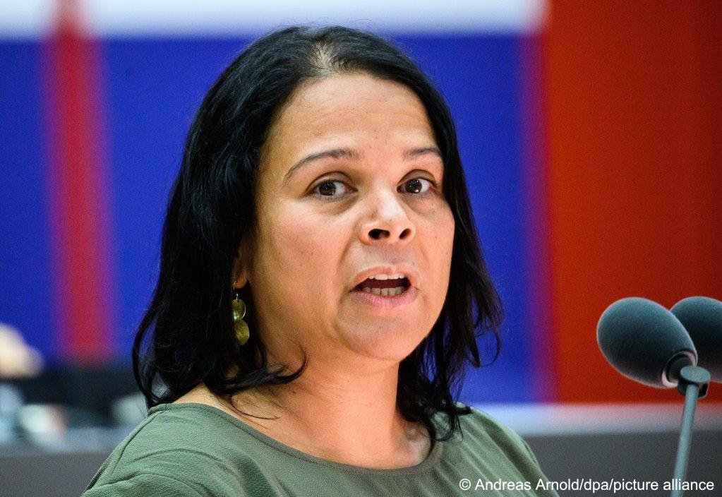 Giorgina Kazungu-Haß est membre du parti SPD et dénonce les limites du modèle d'intégration allemand. Crédit : Picture alliance