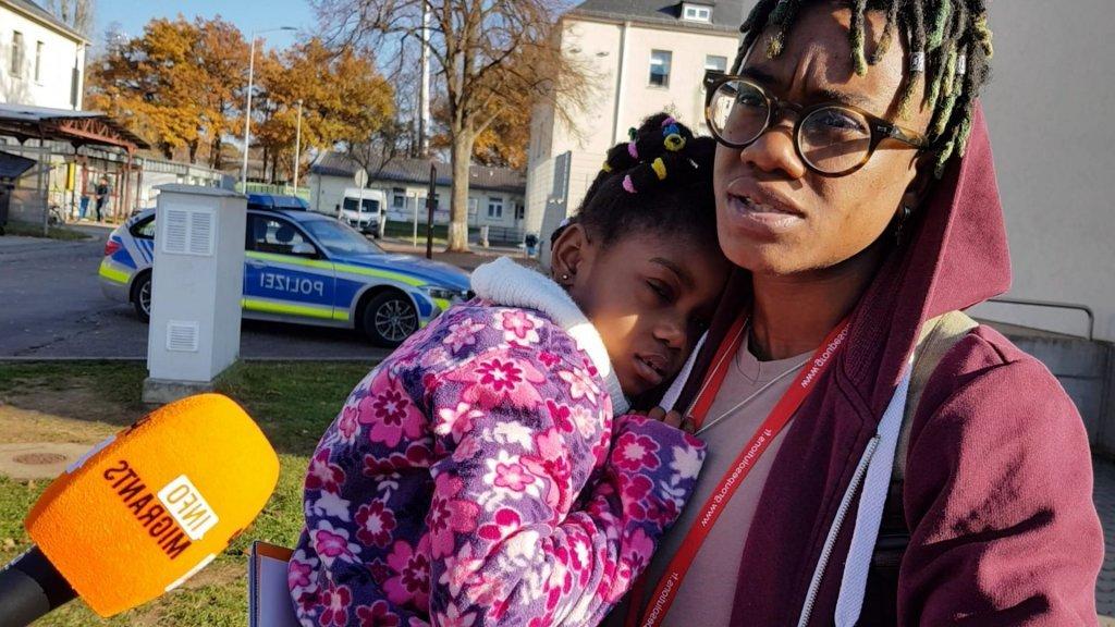 Grace dit avoir quitté la Côte d'Ivoire parce que sa famille l'a forcée à avoir un enfant   Photo: Benjamin Bathe