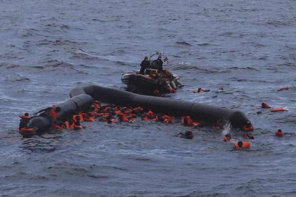 عکس آرشیف از عملیات نجات مهاجران در بحیره مدیترانه