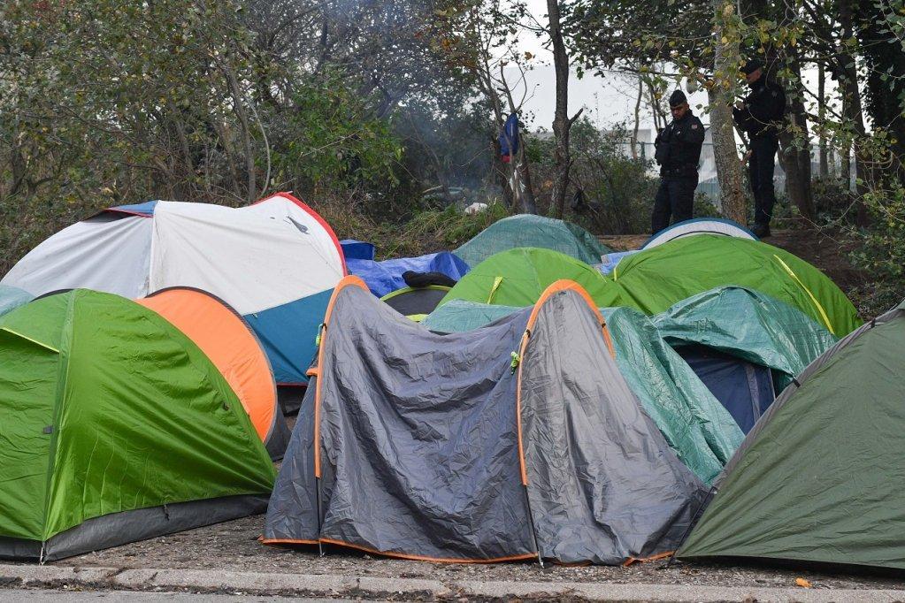 خیمههای مهاجران در کاله، ٣١ اکتوبر ٢٠١٩. عکس از مهدی شبیل