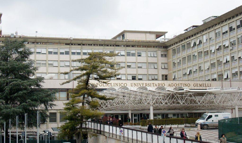 ANSA / جامعة بوليكلينيكو أغوستينو جيميلي في روما. المصدر: أنسا / أليجيرو بالاتسيو.