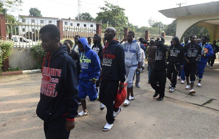 PIUS UTOMI EKPEI / AFP |Des migrants nigérians de retour de Libye arrivent à Benin City, dans l'Etat d'Edo.