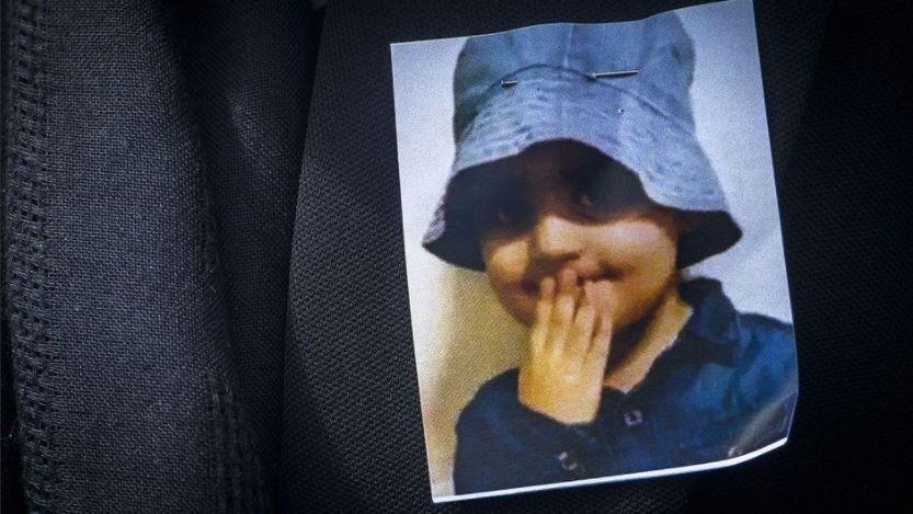 La petite Mawda a été tuée en mai 2018 lors d'une course-poursuite entre une voiture de police et la camionnette transportant des migrants dans laquelle elle se trouvait. Crédit : Capture d'écran Twitter.