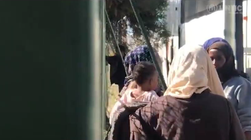 Refugees being evacuated from the Ain Zara detention center, 9 April, 2019 | Source: UNHCR video