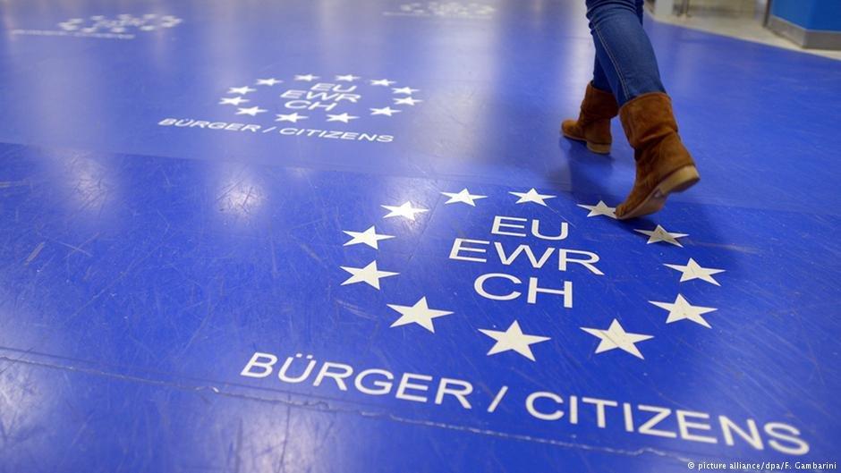 پناهجویان از مجراهای مختلف وارد اتحادیه اروپا میشوند.