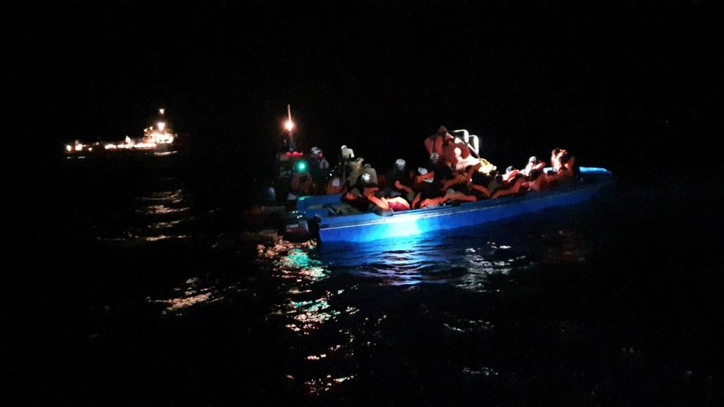 The rescue took place in the middle of the night | Photo: Hannah Wallace Bowman/MSF