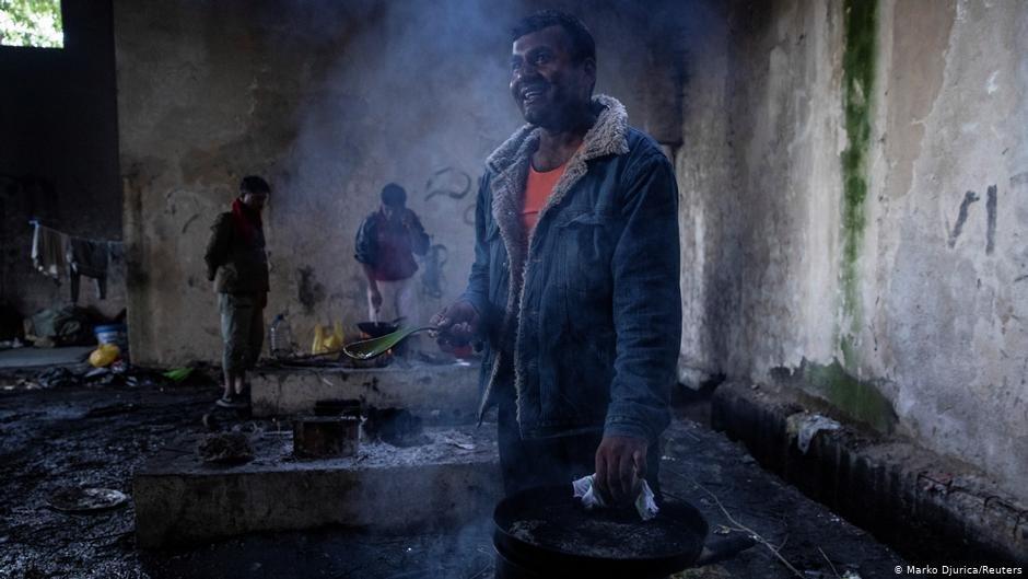 پناهجویان در یک فابریکه قدیمی در مرز کرواسیا