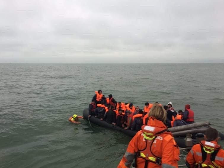 Sauvetage dans la Manche le 29 juin 2021. Twitter Préfecture maritime Manche et mer du Nord