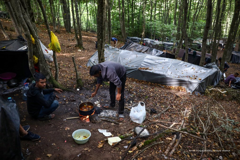 A new illegal migrant camp has sprung up near Velika Kladusa after several hundred migrants have been pushed out of town centers | Photo: Armin Durgut/PIXSELL
