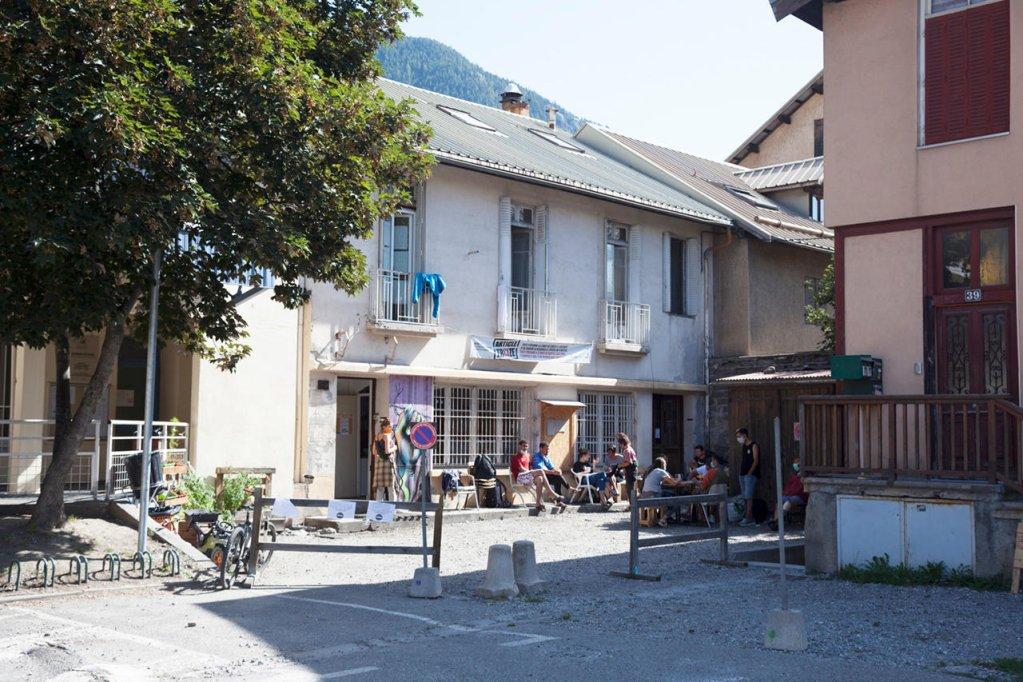 Le Refuge solidaire de Briançon, une halte sur la route des migrants. Crédit :Julien Benard / Hans Lucas