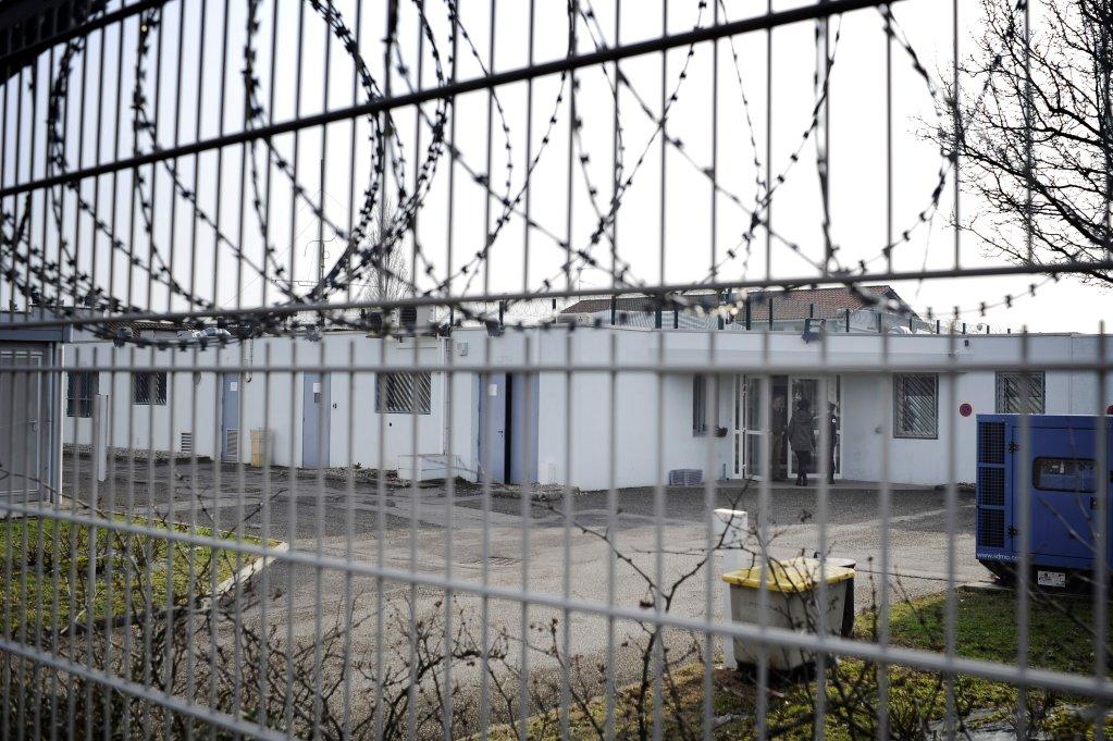 JEFF PACHOUD / AFP  Un centre de rétention près de l'aéroport de Lyon (photo d'illustration).