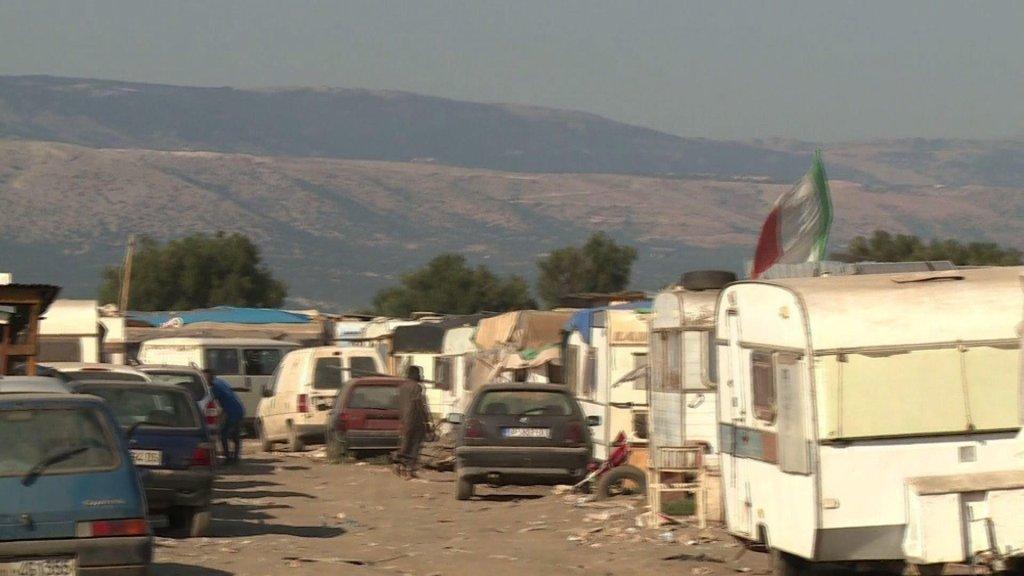 AFP/A. Soldin |Un ghetto situé dans les Pouilles, dans le sud de l'Italie, où vivent des immigrés dans des situations précaires, non loin des champs de tomates.