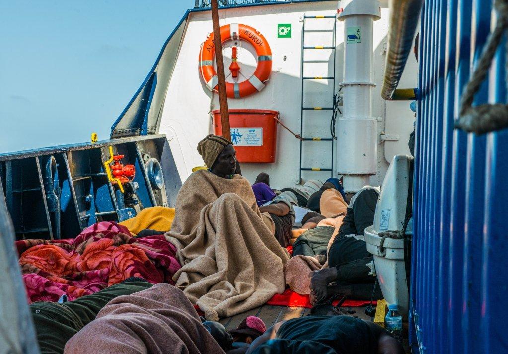 کشتی ایلان کردی، روز چهارشنبه ٣١ جولای ۴٠ مهاجر افریقایی تبار را از آبهای لیبیا نجات داد.  عکس از پاول ویتکو/ سی ای