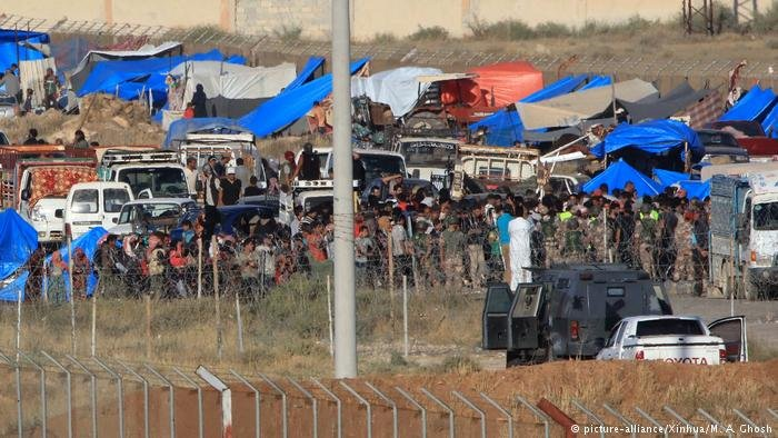 Syrian refugees trapped on the border with Jordan