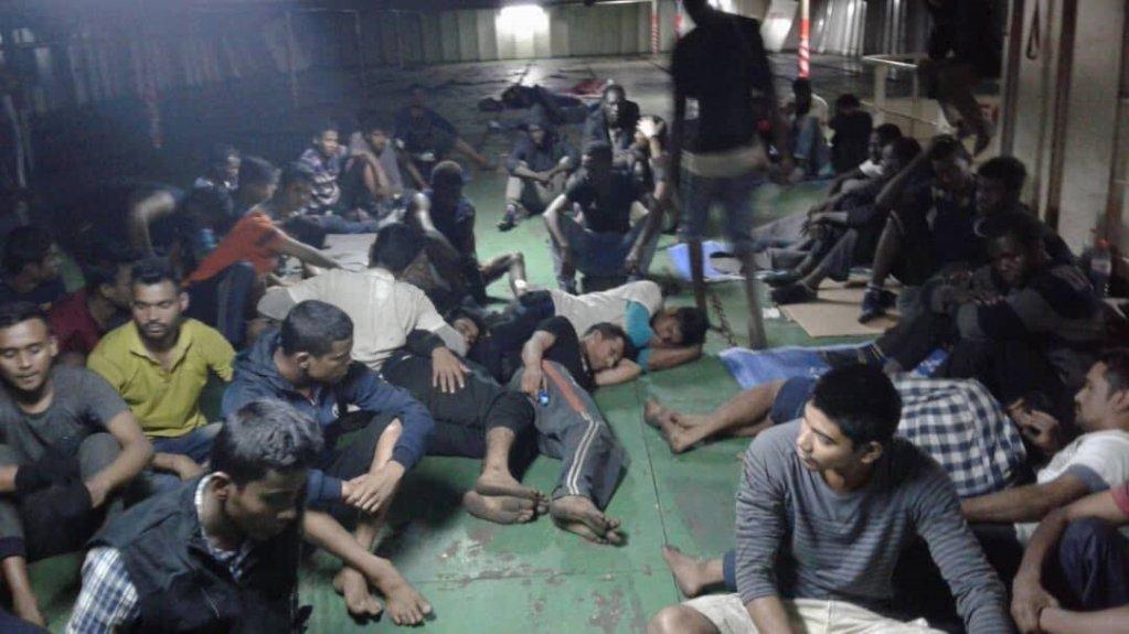 المهاجرون على ظهر السفينة/ خاص