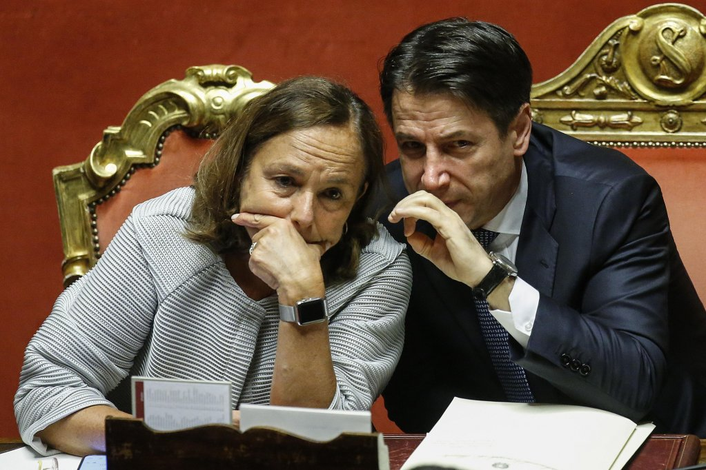 ANSA / وزيرة الداخلية الإيطالية لوشيانا لامورغيزي ورئيس الوزراء جوزيبي كونتي. المصدر: أنسا / فابيو فروتساتشي.
