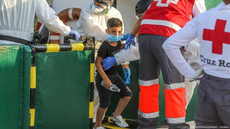 شمار مهاجرانی که از الجزایر به اسپانیا می رسند، رو به افزایش است (عکس آرشیف) /عکس: Picture-alliance/dpa/L.Carnero