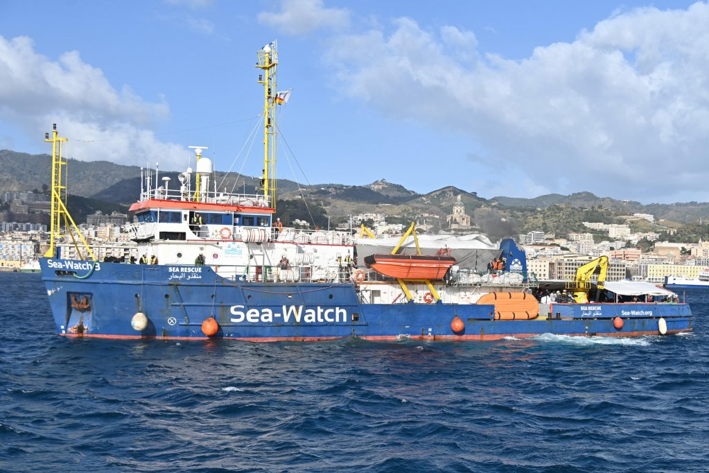 The entrance into port of the German humanitarian ship Sea-Watch 3. Messina, February 27, 2020 | Photo: ANSA/CARMELO IMBESI