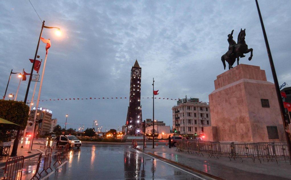 FETHI BELAID / AFP |Avec le confinement lié à l'épidémie de Covid-19 en Tunisie, la communauté immigrée d'Afrique subsaharienne se retrouve sans revenu.
