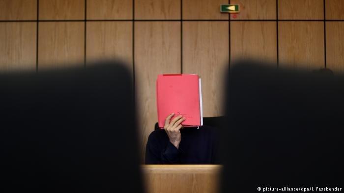 متهم في محكم ألمانية (صورة من الأرشيف).jpg