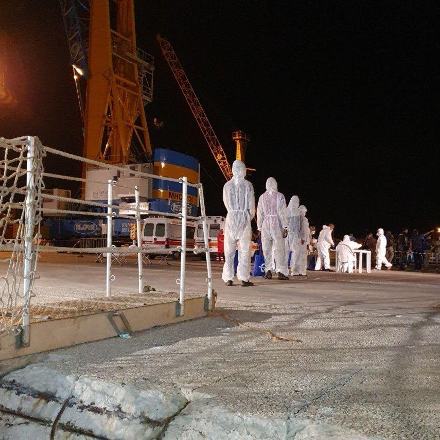 Les 25 migrants secourus début août par un navire commercial ont débarqué en Sicile samedi 12 septembre. Crédit : Mediterranea