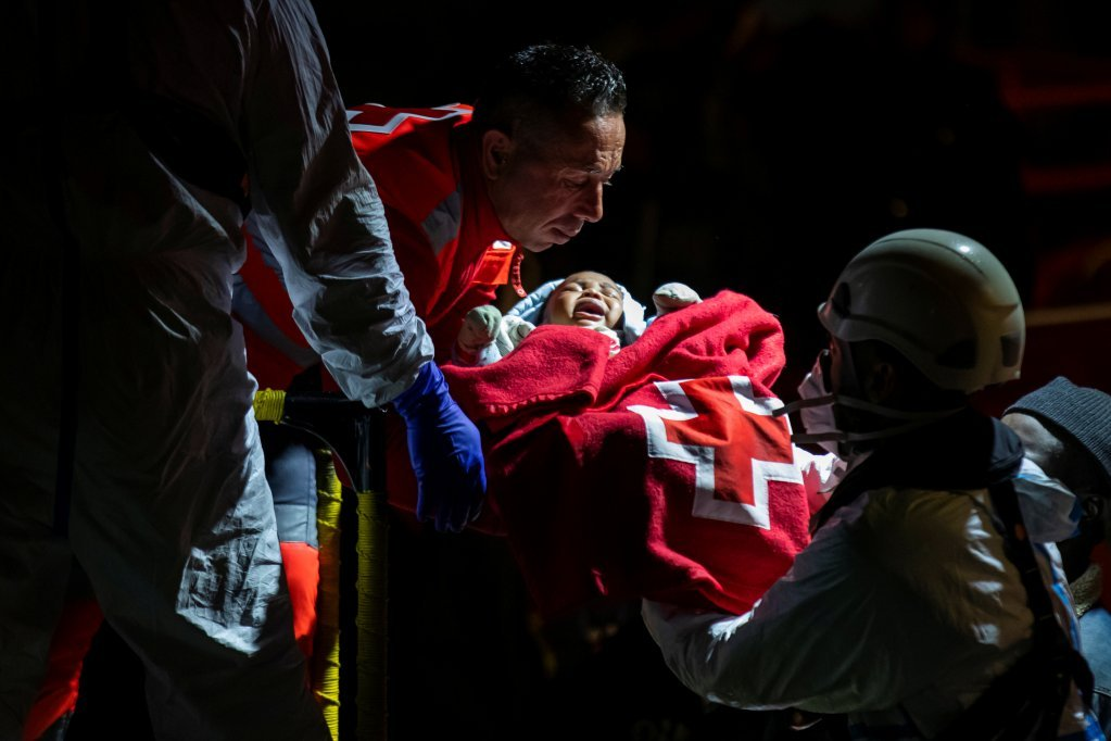 A baby born at sea is rescued by Spanish authorities in mid-February | Photo: Reuters