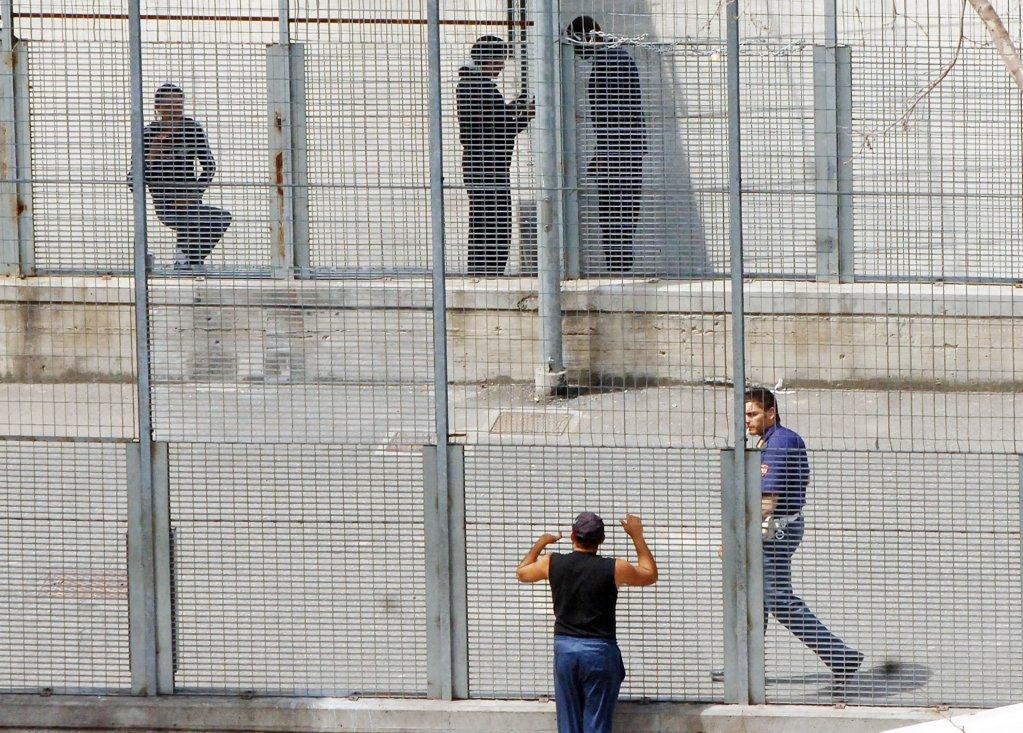 ANSA / مركز مؤقت لاحتجاز المهاجرين في تورينو. المصدر: أنسا/ أليساندرو كونتالدو.