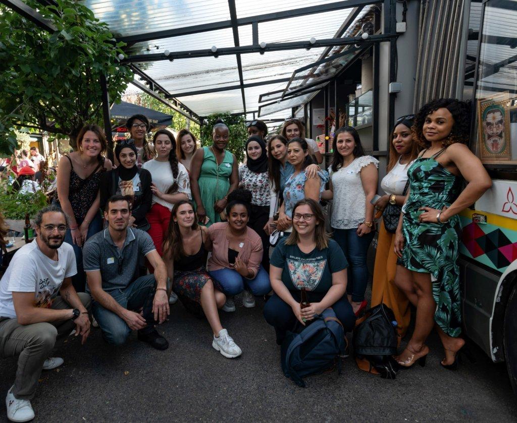 صورة المشاركات في برنامج الزمالة، تيك فور. المصدر: منظمة تيك فيوجيز