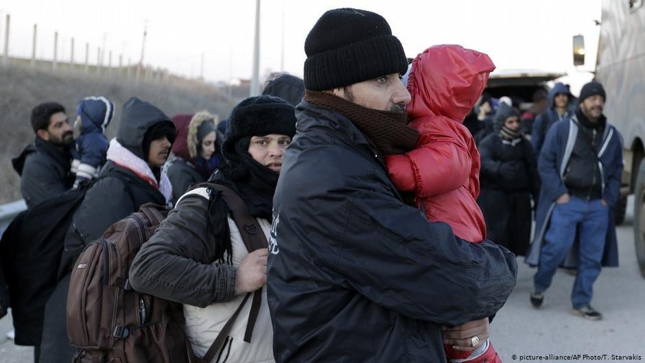 گروهی از پناهجویان افغان که از طریق مدیترانه وارد یونان شدهاند. عکس از پیکچر الیانس