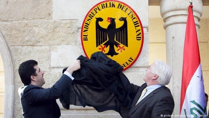 picture-alliance/dpa/T. Koehler |صورة من الأرشيف، افتتاح القنصلية الألمانية في أربيل عام 2009.