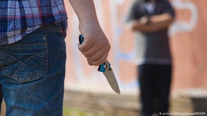 صورة توضيحية إثر هجوم بالسكاكين على مركز للمهاجرين القاصرين في اليونان. الحقوق محفوظة
